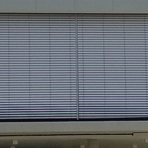 a external commercial blind
